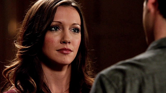 Katie Cassidy Natural Hair Color