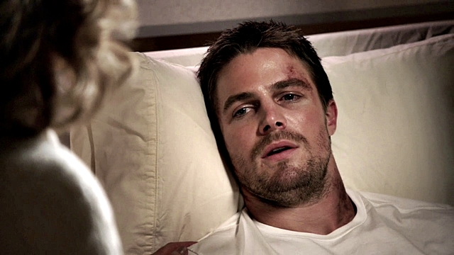 Arrow - Year's End - Queencest - Oliver Thea Queen (126)