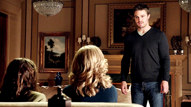 Arrow - Year's End - Queencest - Oliver Thea Queen (31)