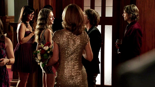 Arrow - Year's End - Queencest - Oliver Thea Queen (75)