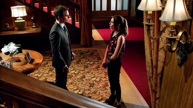 Arrow - Year's End - Queencest - Oliver Thea Queen (8)