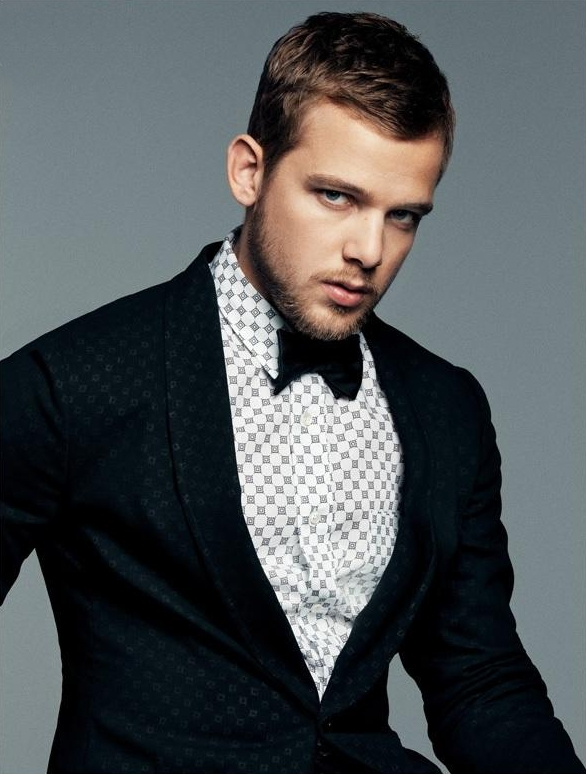Max Thieriot - Bow Tie