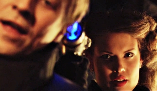 24800 - Flash Gordon - 2007 - Sy Fy, Sci Fi - Aura, Ming - Anna van Hooft, John Ralston - 1.22 - Revolution - screencaps (11)