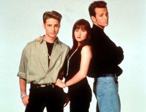 05 Beverly Hills 90210 Cast Promotional Jason Priestly Shannen Doherty Brandon Brenda (1)
