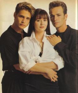 05 Beverly Hills 90210 Cast Promotional Jason Priestly Shannen Doherty Brandon Brenda (2)